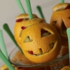 snack-o-lantern-halloween-recipe-photo-420-FF1009HALLA25